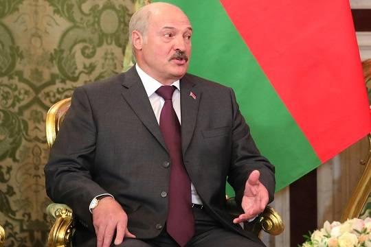 Лукашенко ответил на обвинения в фальсификации результатов выборов