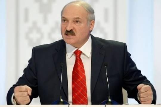 Лукашенко заявил о несогласии быть «мальчиком на побегушках» у России