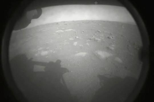 Марсоход Perseverance совершил посадку на Красной планете