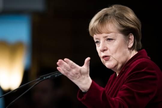 Меркель пожелала Савченко доскорого выздоровления и успешного возвращения вкруг семьи