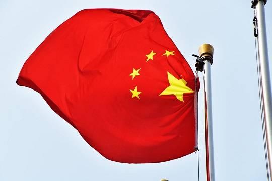 МИД Китая назвал недопустимым вмешательство США и ЕС в дела России