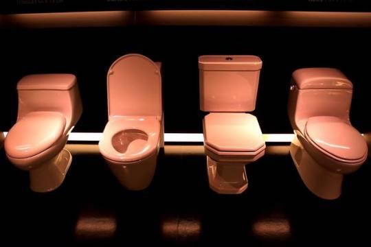 Минпросвещения заступилось за участвовавшего в конкурсе на худший туалет учителя