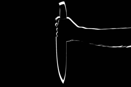 Мужчина с ножом ранил 8 человек в Швеции