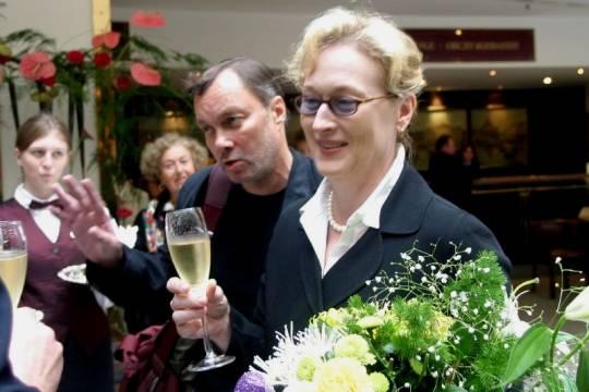 Вручение премии «Золотой глобус»: Мэрил Стрип раскритиковала Трампа