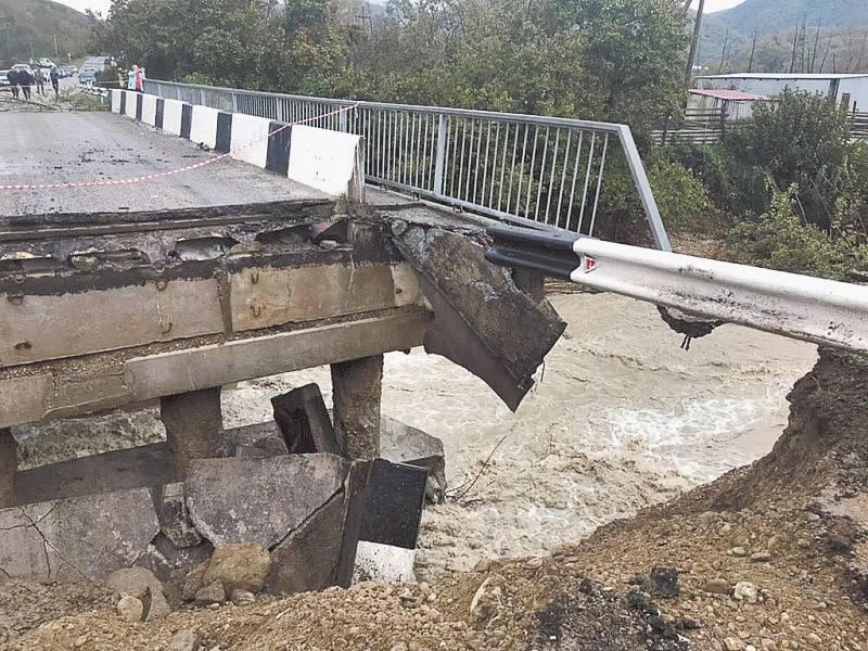 На Кубани ликвидируют последствия наводнения
