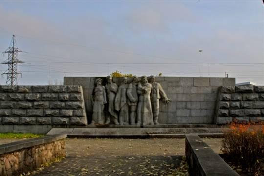 Мэр Риги ответил напредложение установить монумент нацистам