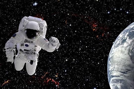 НАСА столкнулось с дефицитом ранцев для выхода в космос
