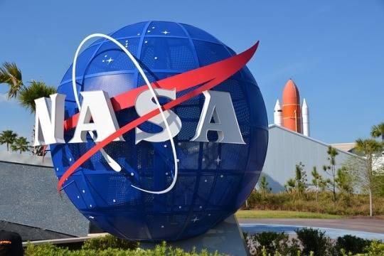 NASA хочет выкупить место для своего астронавта в российском Союзе через частную фирму