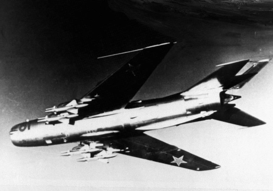 Необходимость и целесообразность разрешала советским ПВО сбивать нарушителей над нейтральными водами