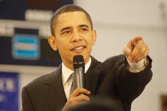 Обама потребовал завыступление наУолл-стрит рекордные $400 тыс.