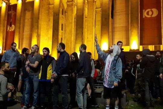 После специализированной операции вклубах Тбилиси начались беспорядки