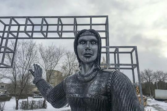 Памятник Аленке продали на аукционе за 2,6 млн рублей