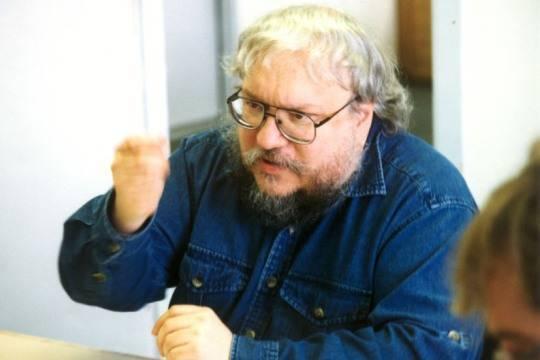 По книге Джорджа Мартина снимут еще один сериал