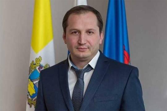 Почему губернатор Ставрополья Владимир Владимиров защищает главу Георгиевска Максима Клетина