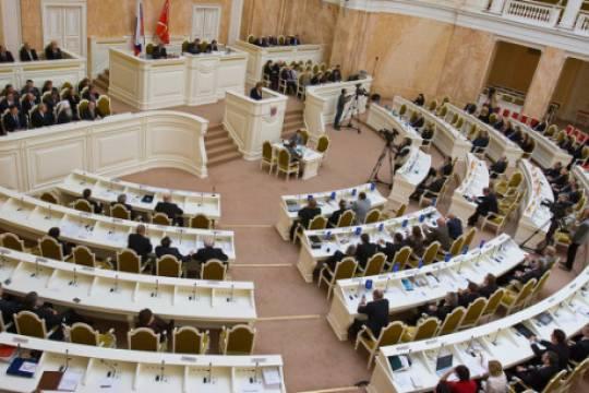 Почему новый парламент Санкт-Петербурга обойдется без оппозиции, и как будет сбрасывать кожу партия власти
