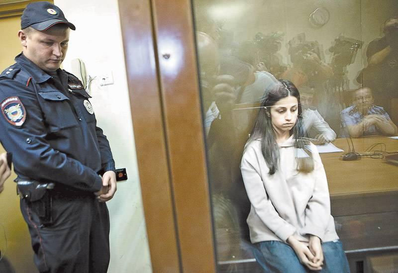 Почему юные девушки сознались в преступлении, которого они не совершали