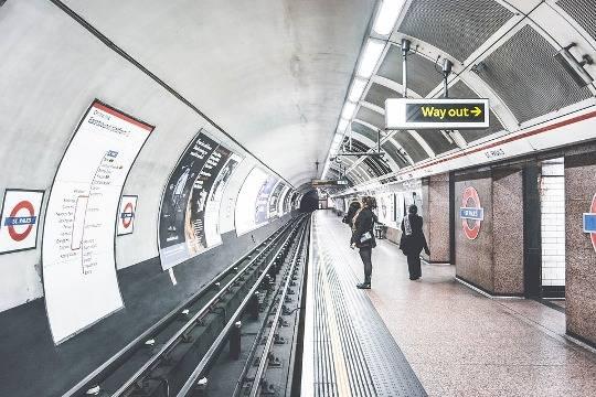 Вторую самодельную бомбу обнаружили вметро Лондона