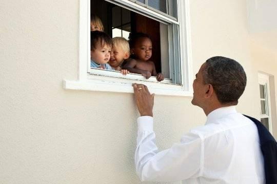 Запись Обамы стала наиболее популярным твитом года