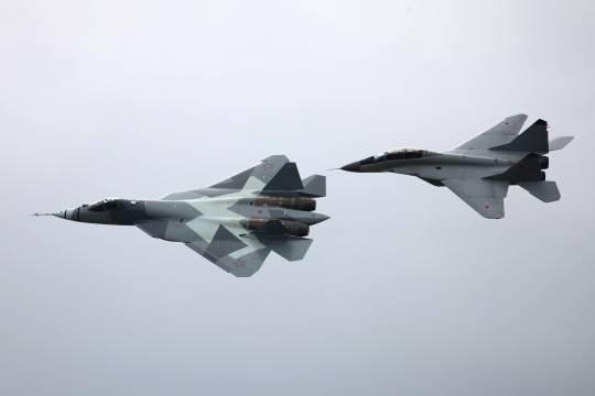 Появились объяснения присутствия Су-57 в Сирии