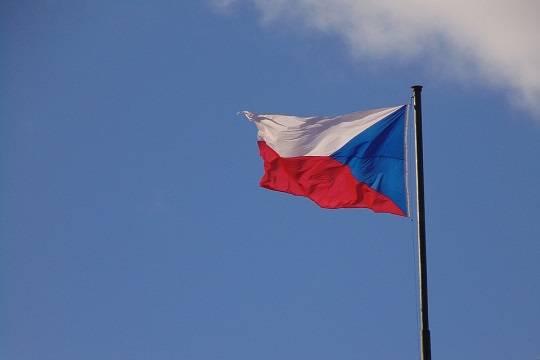 Премьер Чехии заявил о сдаче Европой своих позиций в Сирии