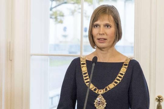 Накредитку президента Эстонии мошенники обзавелись простынями
