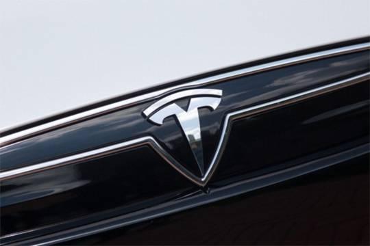 Как «Тесла» оказалась вынуждена поделиться секретами