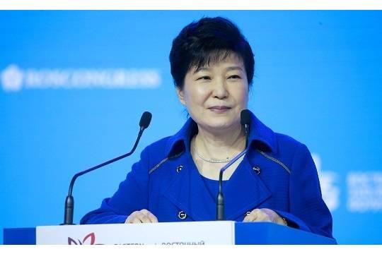 Прокуратура попросила суд приговорить Пак Кын Хе к 30 годам тюрьмы