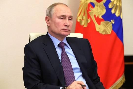 Путин впервые ответил на вопрос о прививке от коронавируса