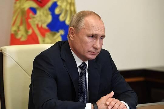 Путин заявил о выходе российской экономики из вызванного пандемией кризиса