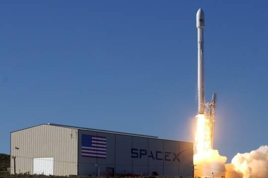 Ракета компании Илона Маска пробила дыру в ионосфере Земли