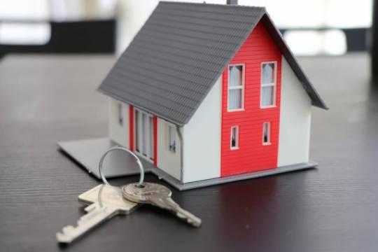 России предсказали падение спроса и цен на жильё