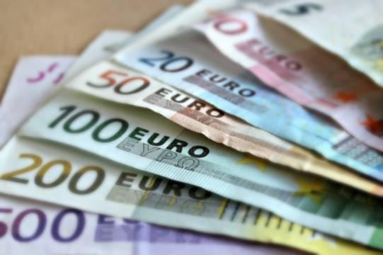 Россиянка отдала другу-мошеннику два миллиона рублей