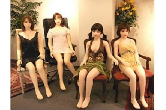 ВШвейцарии откроют секс-кафе сроботизированными проститутками