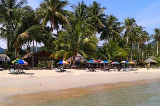 ВТаиланде закурение на береге будут сажать втюрьму