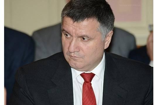 СКР завел уголовное дело на Арсена Авакова из-за президентских выборов в России