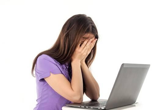 Молодые мамы очень эмоционально реагируют наоставленные комментарии всоциальных сетях
