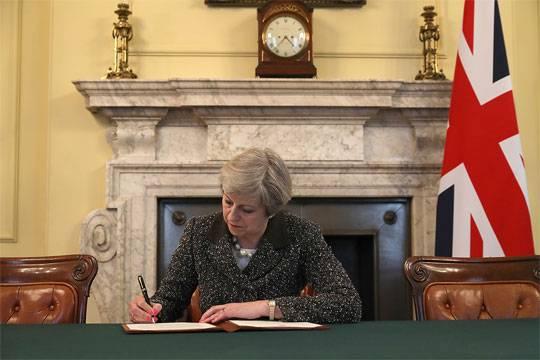 Соединенное Королевство давно лишилось статуса империи, теперь лишится и Европы