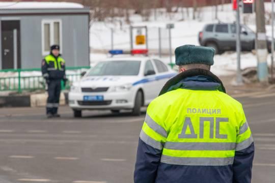 Сотрудникам ГИБДД разрешили использовать автомобили граждан в определенных случаях