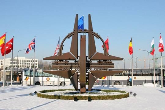 Крупнейшие современ холодной войны: вПентагоне анонсировали учения уграниц РФ