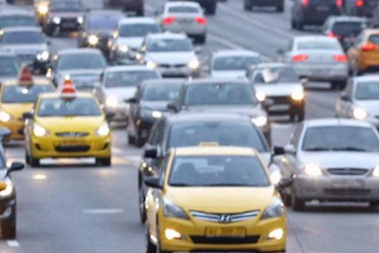 В столице такси за3 года подешевело всреднем на30 процентов