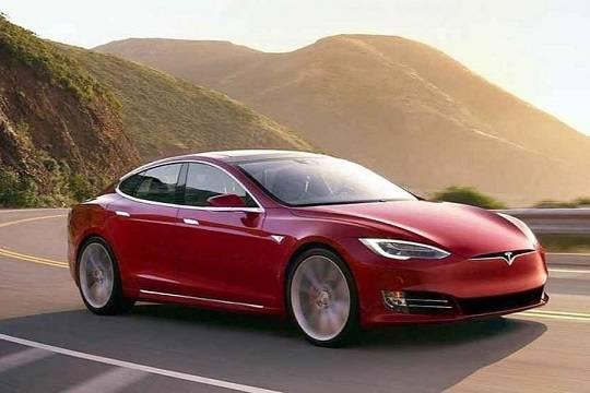 Tesla обвинили во лжи