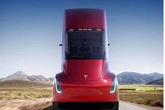 Tesla презентовала новый спортивный автомобиль соткидным верхом