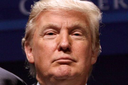 Трамп порекомендовал два раза проголосовать занего навыборах