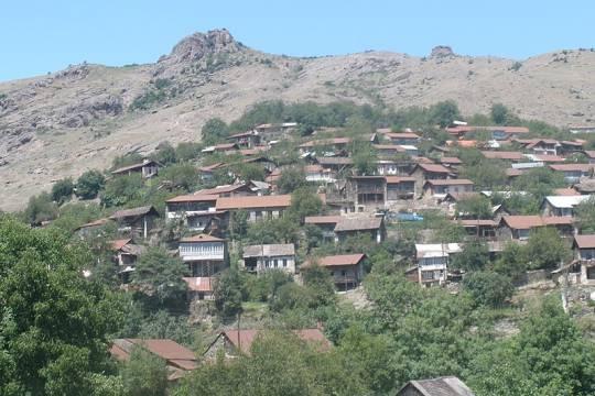 Трое мирных жителей Азербайджана подорвались на мине в Нагорном Карабахе
