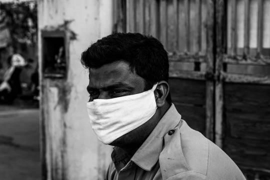 В Индии продлили карантин по COVID-19