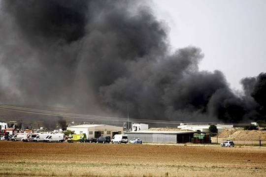 5 человек погибли в итоге взрыва назаводе пиротехники вИспании