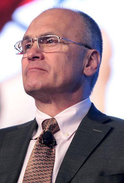 Эндрю Паздер