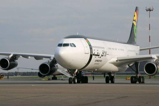 Злоумышленники захватили ливийский самолет ивзяли 118 человек взаложники
