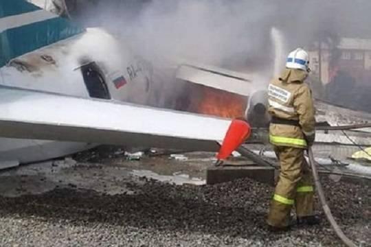 В Нижнеангарске самолет загорелся после жесткой посадки, есть жертвы
