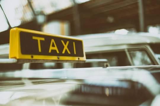 В Перми пассажирка такси выстрелила в водителя из-за непонравившейся стоимости поездки